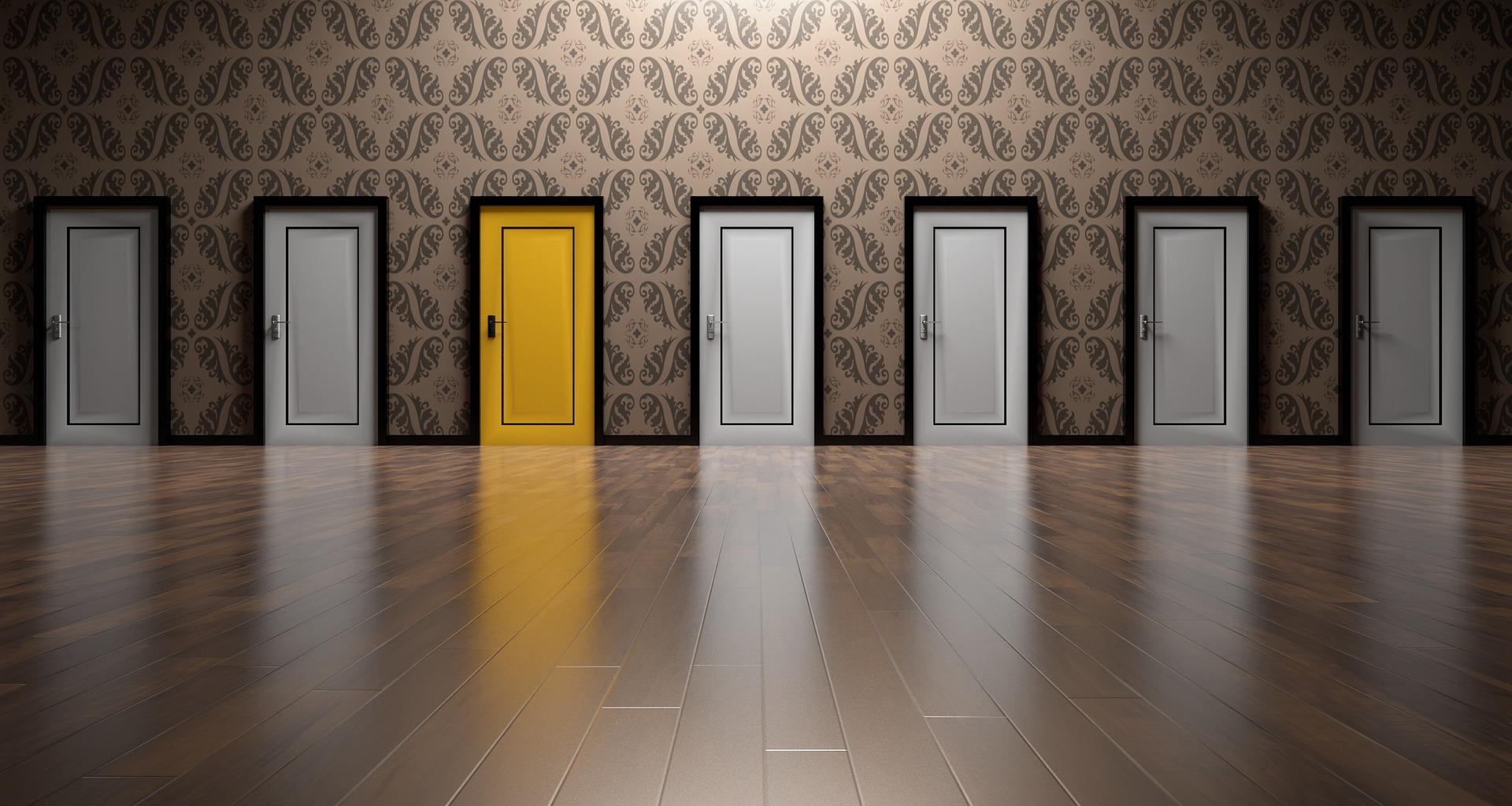 Открытки, картинки с дверями для рекламы
